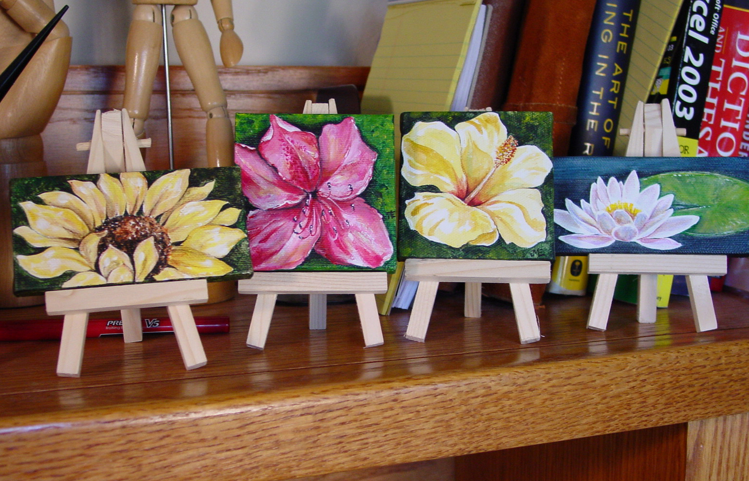 Mini Canvases Only 3 And 2 4 I Ve Got A Bunch Waiting To Be Painted Any Ideas Sugarmanart